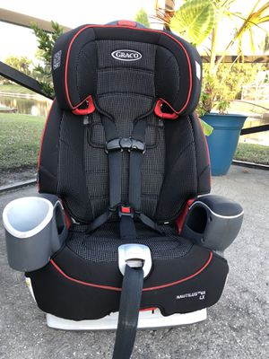 Black Graco Nautilus LX Car Seat to Booster for Sale in West Palm Beach, FL
