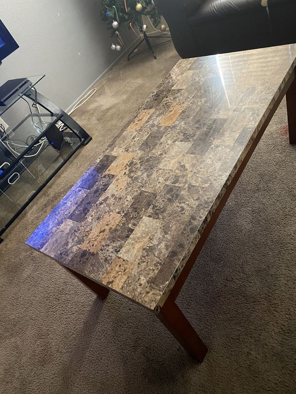 1 Dining room table, 1 coffee table and 2 side tables. OBO