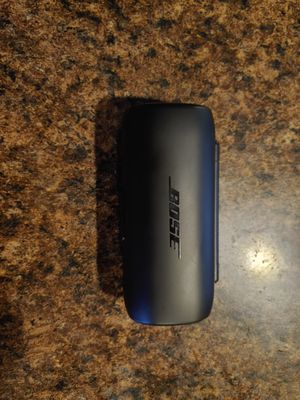 Bose Bluetooth Headphones for Sale in Palmetto, FL