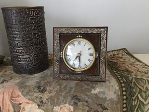 Antique clock for Sale in Laguna Beach, CA