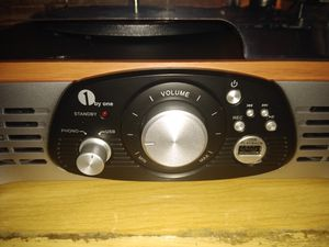 1 By One Stereo Turntable for Sale in Smyrna, TN