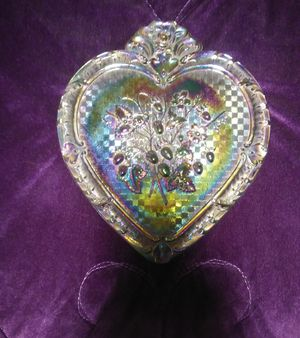 Fenton Purple Iridescent Glass Strawberry Heart for Sale in Cuyahoga Falls, OH