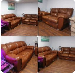 Real leather couch and loveseat set for Sale in St. Louis,  MO