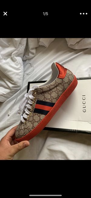 Gucci gg shoes for Sale in Bellflower, CA