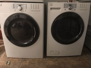 Kenmore washer and dryer electric set for Sale in Kissimmee, FL