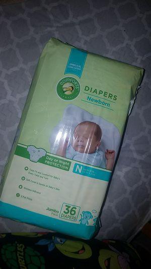 Comforts Diapers Newborn for Sale in El Monte, CA