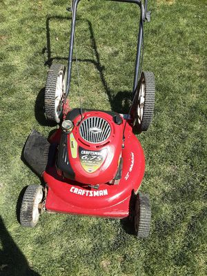 Craftsman 6.75 lawn mower for Sale in Fresno, CA