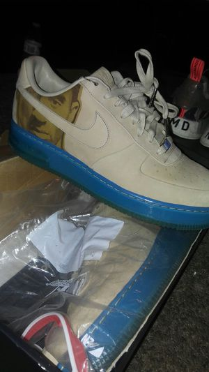 Kobe Supreme Af1 go for 350$ on stockX sz 12 for Sale in Fresno, CA