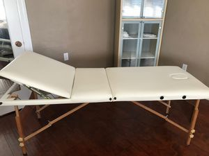 White folding spa table for Sale in Fremont, CA