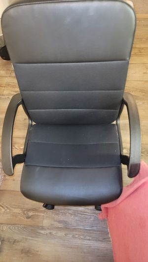 Office chair for Sale in San Diego, CA