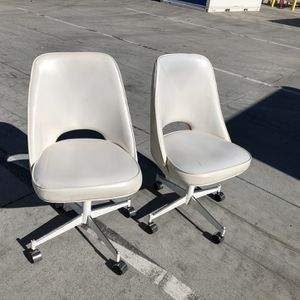 2 White Office Chairs for Sale in Vernon, CA