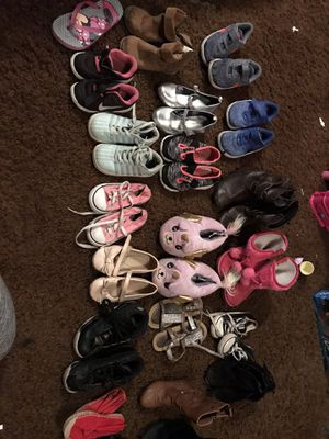 Girl clothes 3T-6T shoes variety sizes for Sale in Knoxville, TN