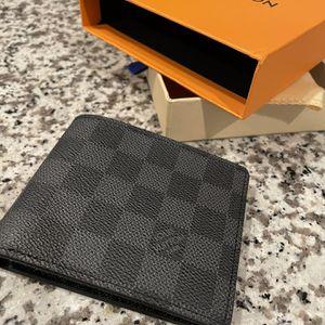 LV Men's Wallet for Sale in Glendale, AZ