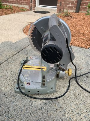 Electric Circular saw table for Sale in Providence, RI