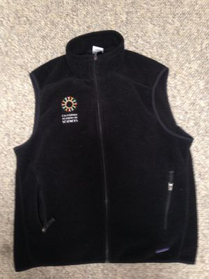 patagonia vest for Sale in Half Moon Bay, CA