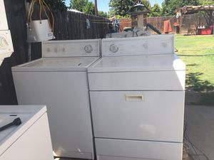 Set washer and dryer brand kenmore good condition 3 months of guarantee for Sale in La Puente, CA
