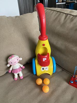 Toy vacuum very funny for kids 1-3 years for Sale in Hollywood, FL