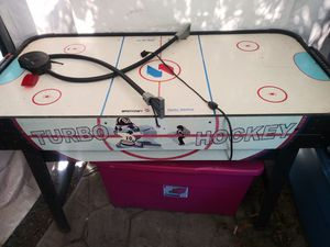Air hockey table for Sale in Gilroy, CA