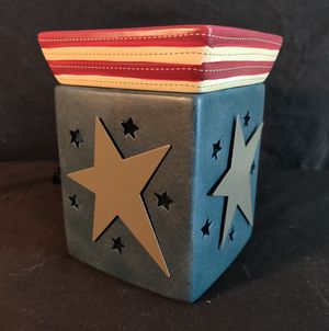 Scentsey warmer liberty full size for Sale in Portland, OR