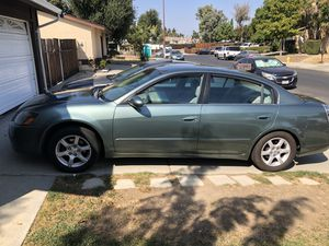 2005 Nissan Altima SELLING VERY GOOD CONDITION INSIDE N OUT. for Sale in San Jose, CA