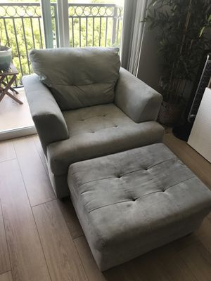 MUST SELL Chair & Ottoman Set for Sale in West Palm Beach, FL