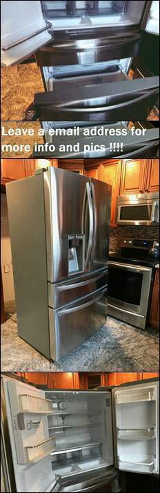 Leαve y0ur e-mαil for more info: LG French Door Refrigerator for Sale in Cheyenne, WY