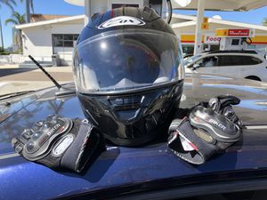 Motorcycle helmet with gloves for Sale in San Diego, CA