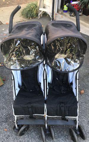 Maclaren Twin Traveller Stroller for Sale in Germantown, MD