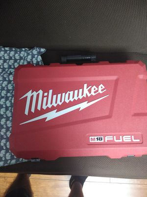 MILWAUKEE M18 FUEL 2_TOOL 2 BATTERIES 5.0AH AND CHARGE COMBO KIT for Sale in Lake Stevens, WA
