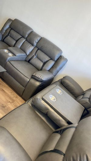 Recliner sofa and loveseat for Sale in Ft. Washington, MD
