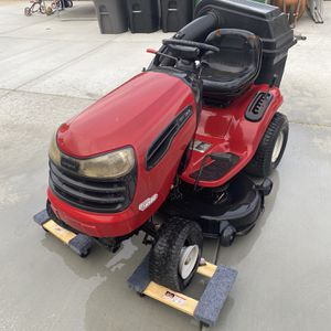 Craftsman 20 hp riding mower for Sale in Corona, CA