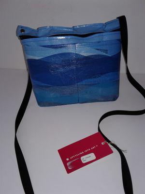 UPCYCLING INTO ART, PORTLAND PURSE by SARABELLA Upcycled, NEW w/ TAG for Sale in Manteca, CA