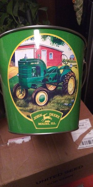 John Deere tin pail for Sale in Brainerd, MN