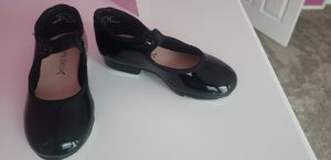 Capezio - Tap shoes (size 8 little girls) for Sale in Riverside, CA