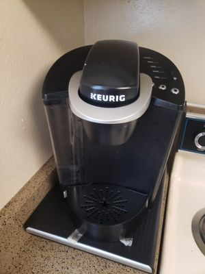 KEURIG Coffee Maker and Pod Holder for Sale in Helotes, TX