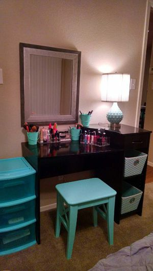 Makeup vanity desk black for Sale in Scottsdale, AZ