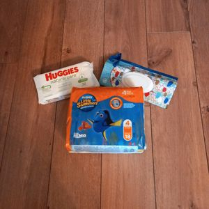 Huggies Little Swimmers, Wipes & Container for Sale in Henderson, NV