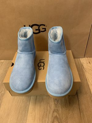 100% Authentic Brand New in Box UGG Classic Mini Boots / HRZN Blue / Women size 6 for Sale in Pleasant Hill, CA