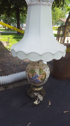 Vintage vintage Victorian lamp for Sale in Granite City, IL