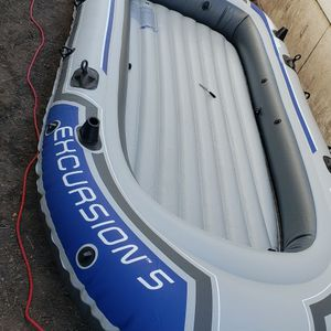 Inflatable Family Boat: Excursion 5 for Sale in Milpitas, CA