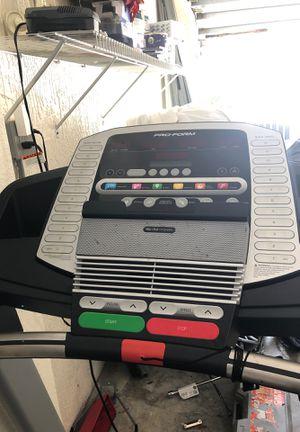 12 mph treadmill for Sale in Palm Beach Gardens, FL
