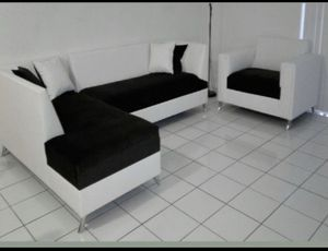 Sectional set for sale never used for Sale in Miami, FL