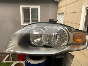 Driver side headlight for Sale in Paramount, CA