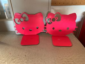 Hello kitty Book holder for Sale in Carson, CA