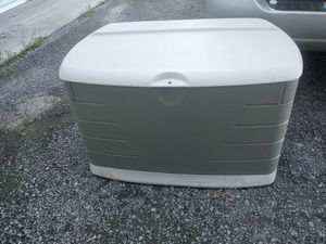 Rubbermaid Large Deck Storage for Sale in Murfreesboro, TN