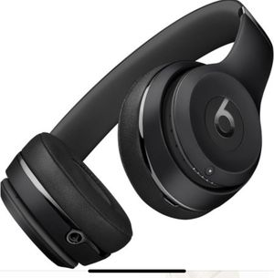 Headphones Beats by Dre wireless Solo 3 for Sale in Tacoma, WA