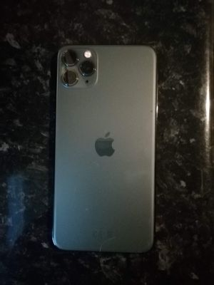 iPhone 11 Pro Max on sales monthly used very neat no scratch for Sale in Gastonia, NC