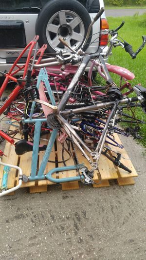 A lot of Bicycles for Sale in Kissimmee, FL
