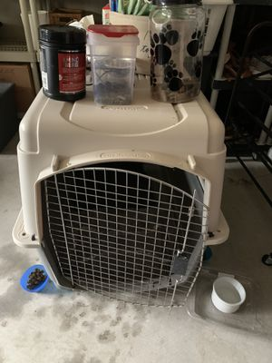 Dog crate - large for Sale in Woodinville, WA