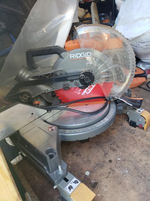 Ridgid duel bevel 10 inch chop shaw and stand for Sale in Lakeside, AZ